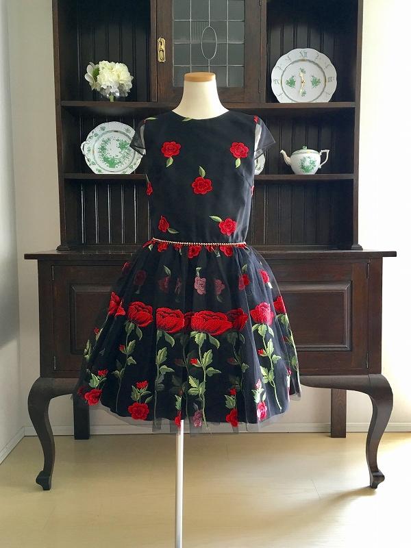 black dress5